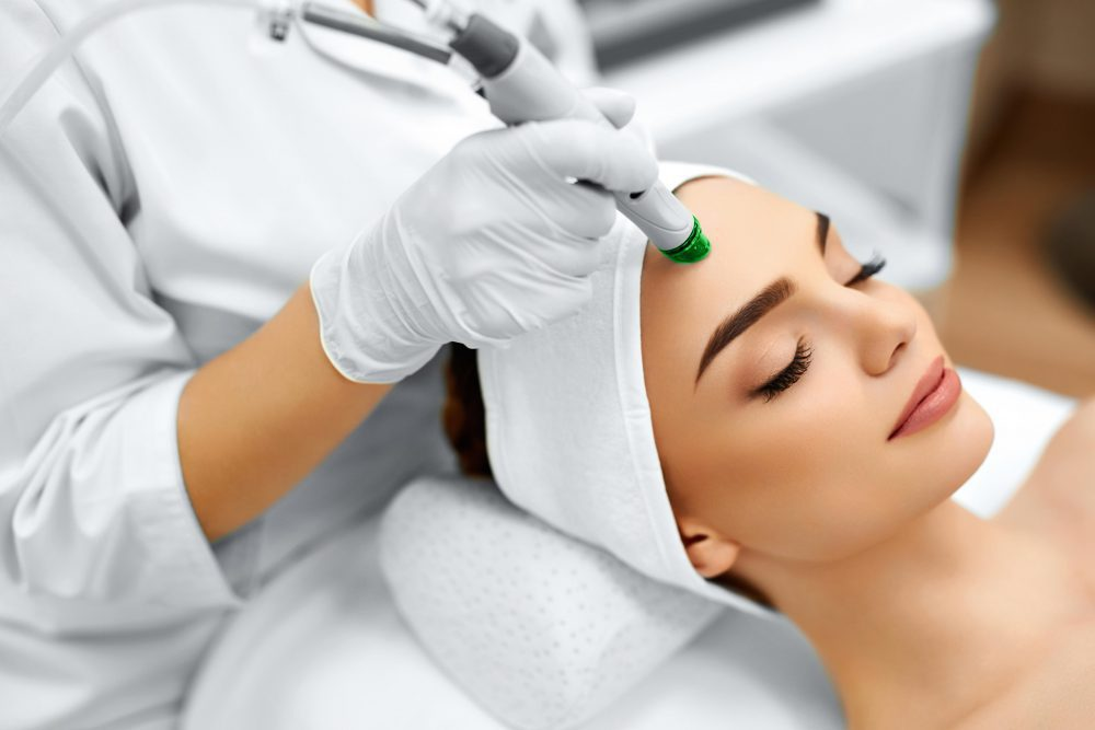 Renew Medical Aesthetics, Hydro-Facial, hydrodermabrasion treatment